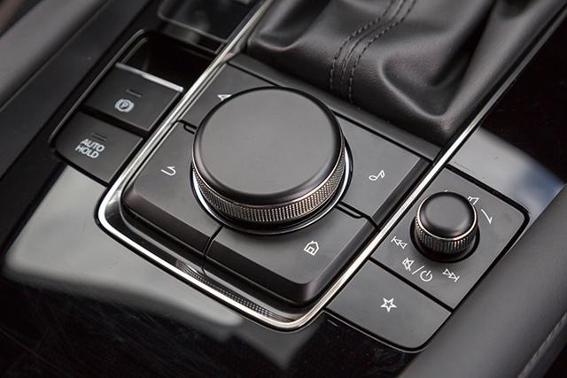 Тест-драйв автомобиля Мазда 3: Фанаты оценят