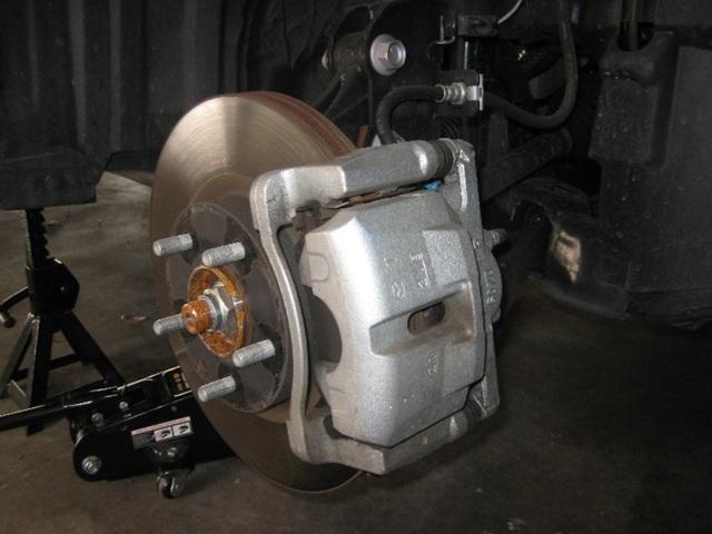 Как выполнить тюнинг салона и двигателя Мазда сх 5