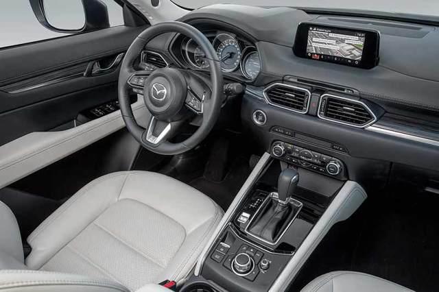 Форд Куга 2016 года и Мазда СХ-5: отличие автомобилей